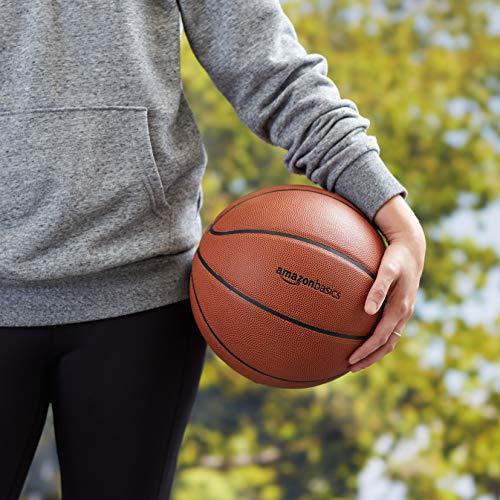 Amazon Basics - Balón de baloncesto hecho de compuesto de poliuretano, talla oficial
