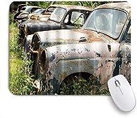 KAPANOUマウスパッド 草に捨てられた車愛レトロなトラベラートラック ゲーミング オフィス おしゃれ 防水 耐久性が良い 滑り止めゴム底 ゲーミングなど適用 マウス 用ノートブックコンピュータマウスマット