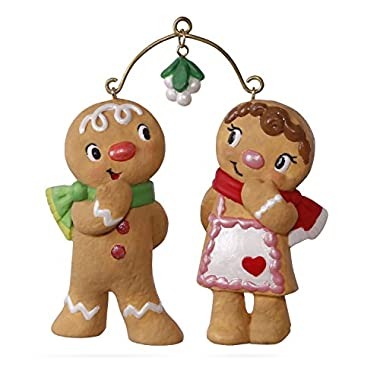 Hallmark Keepsake 2017 Cute Cookie Couple Christmas Ornament