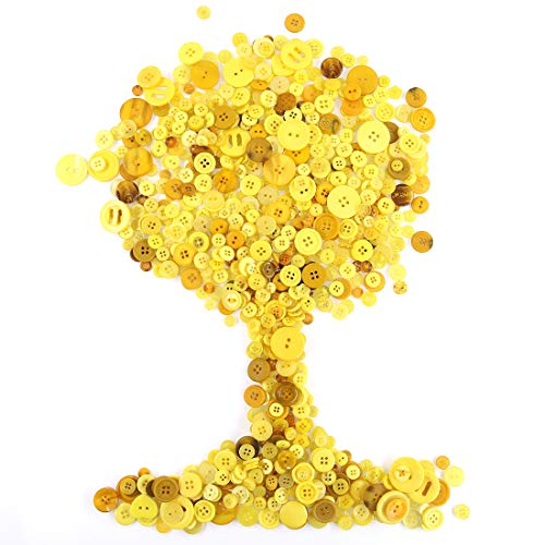 Rustark 650Pcs Yellow Series Resin Buttons Favorite Findings Basic Buttons 2 and 4 Holes Craft Buttons for Arts, DIY Crafts, Decoration, Sewing - Sizes Range from 0.28 to 1.18 Inch