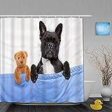 Cortina de ducha,Perro bulldog francés con dolor de cabeza y resaca durmiendo en la cama con oso de peluche muy juntos,cortina de baño de poliéster lavable con 12 ganchos de plástico 180x210cm