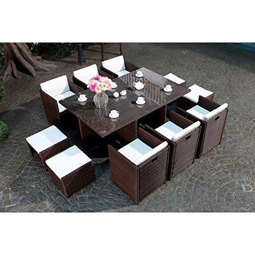 CONCEPT USINE - Salon De Jardin Miami 10 Personnes en Résine Tressée Marron Poly Rotin - 1 Table en Verre - 6 Fauteuils - 4 Poufs - Coussins Blanc - Encastrable, Résistant, Imperméable