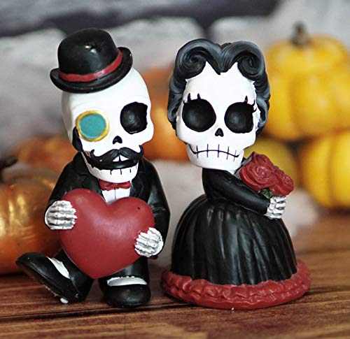 Ebros Mr and Mrs Poe Love Never Dies Steampunk Victorian Gothic Romantic Skeleton Couple with Big Red Heart and Rose Flower Bouquet Figurine Set of 2 Day of The Dead Macabre Halloween Boudoir Decor