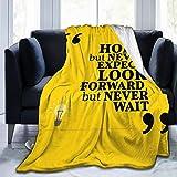 ZOANEN Soft Fleece Throw Blanket,Mensaje Entre Comillas con Marco Cuadrado sobre Fondo Amarillo,Home Hotel Sofá Cama Sofá Mantas para Parejas Niños Adultos,75x125cm