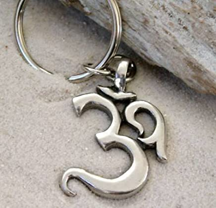 Amazon.com: Pewter Ohm Om Yoga Buddhist Namaste Keychain Key ...