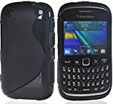 Outlier Back Cover for BlackBerry Curve 8520 (Black, Rubber)