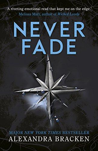 Never Fade: Book 2 (A Darkest Minds Novel) (English Edition)