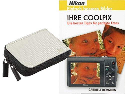 Progallio Sparset - Foto-Tasche Kameratasche RETRO CASE weiss im Set mit Fotobuch IHRE COOLPIX für Nikon Coolpix S6800 S6600 S6500 S6400 S6200 S6100 S5300 S5200 S4300 S3600 S3500 S2800 S2700 S2600 P310 L25 L26 L28 L29