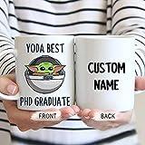DKISEE Yoda Best Phd Graduate - Taza de postgrado de doctorado, diseño de Baby Yoda