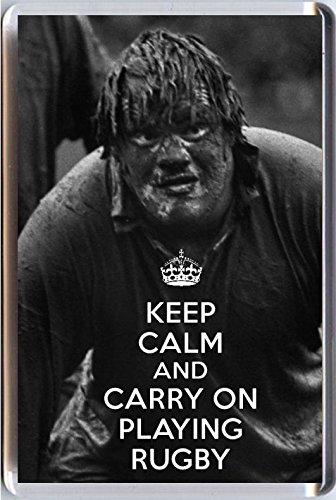 Kühlschrankmagnet KEEP CALM CARRY ON spielt RUGBY Manschettenknöpfe Kühlschrankmagnet mit Abbildung einer Player Spieler British Lions trübe. Eine einzigartige Geschenkidee für A rugby player oder Fan.