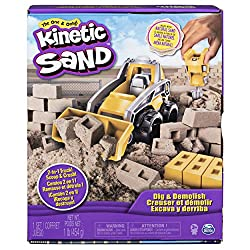 2-IN-1 CONSTRUCTION TRUCK AND BRICK MOULD: Scoop or crush with the truck's detachable tools Mould bricks and crush them with the jackhammer tool Clip on the scooper front loader and clean up your construction site ENCLOSED PLAY SPACE: Open up the Dig...