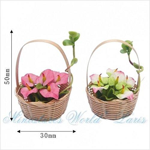 Miniatures World - 2 rieten manden met harsbloemen voor miniatuurdecoraties en poppenhuizen in schaal 1:12