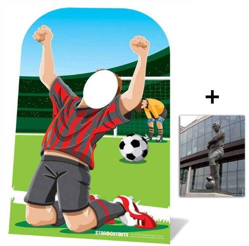 Fußballer Kindergröße Pappfiguren stehen hinter Pappaufsteller mit 25cm x 20cm foto