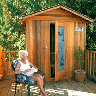 Finlandia Outdoor Sauna 4′ x 4′ with Roof Kit