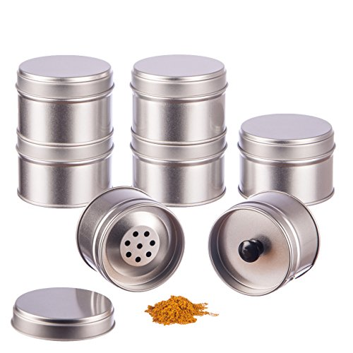 12er Pack kleine Gewürzdosen stapelbar mit extra Aromadeckel inkl. 12 Etiketten + 2 Streueinsätze | Höhe: je ca. 4,5 cm, Ø je ca. 6,4 cm | Dosen Material: Weißblech | BPA-frei und lebensmittelecht