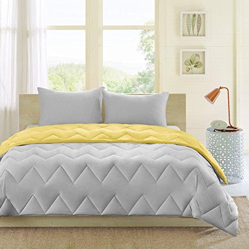 Intelligent Design Trixie All Season Reversible Down Alternative Comforter Mini Set, King/Cal King, Yellow/Grey