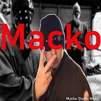 Mackan Är Här