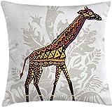 shyly Batik Throw Kissen Cover, Savannah Animal Giraffe mit Ornament Patterns on Body Creature...