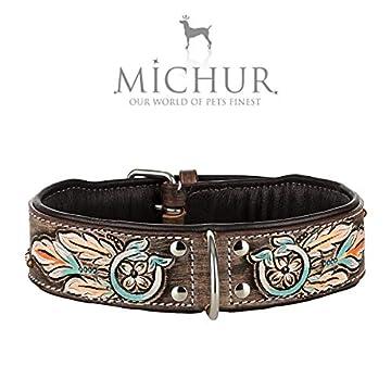 Michur Halona, ein weiches und starkes Hundehalsband aus Leder / Lederhalsband für Hunde! Das Modell Halona ist aus braunem Leder mit Indianer Applikationen gefertigt. In der Gesamtlänge 45cm und 3cm Breite, ist es geeignet für einen Halsumfang von 3...