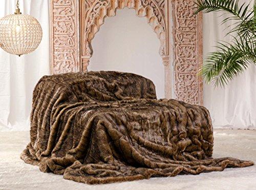 Couverture en fourrure synthétique - En flanelle - Pour plaid ou couvre-lit et comme coussin (couvre-lit 260 x 300 cm).