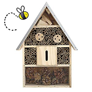 Nature's Buddy Insect Hotel - 28x9.5x40cm Eco-Friendly Bug House for Bees Butterflies Insects in Garden - Kid Friendly Weather Resistant Hanging Bee Home from Natural Wood and Metal Roof