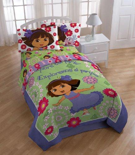 Nickelodeon Dora The Explorer 'Picnic' Comforter with 2 Shams, Full