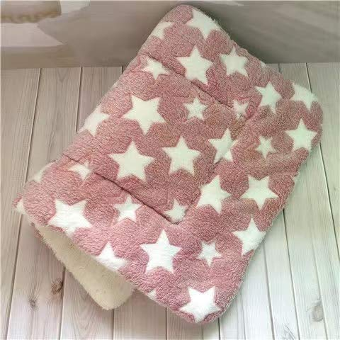 GSDJU dog blanket,travel,car blankets,sofa,carrying case,Soft Flannel Thickened Pet Soft Pad Pet Blanket Bed Mat For Puppy Dog Cat Sofa Cushion Home Rug Keep Warm Sleeping Cover 30 * 40cm