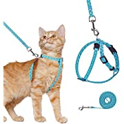 Cat Harness and Lead Set, Escape Proof Vest Harness for Outdoor Walking, Adjustable Soft Pet Kitten Harness Chest Strap with Pineapple Patterns, Fit for Most Size Cats