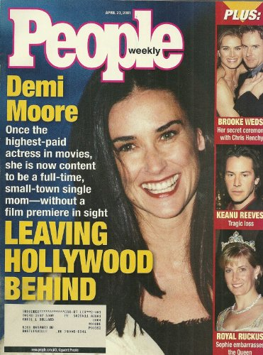 Demi Moore, Sophie, Countess of Wessex, Keanu Reeves, Brooke Shields - April 23, 2001 People Weekly Magazine