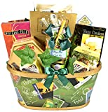 Gift Basket Village Par-Tee On, Golf Themed Gift Basket For Those Who Love The Game Of Golf - With Snacks to Enjoy After A Good Round Of Golf, 9 Pound
