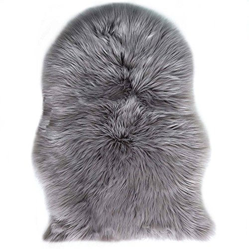 Faux Fur Sheepskin Rug 60 x 90 cm Faux Fleece Fluffy Area Rugs Anti-Skid Carpet for Living Room Bedroom Sofa Nursery Rugs (Grey)