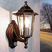 Die Lampe im Landhausstil ist wunderbar für den Außenbereich geeignet: sie besteht aus wetterfestem Aluminiumguss und robustem Glas, dadurch ist sie bestens für dem Eindringen von Nässe geschützt. Die klassische Laternen Form macht sie zu einer rusti...