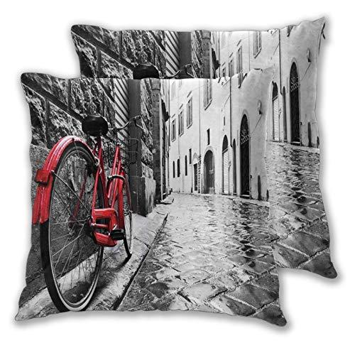 ALLMILL Juego de 2 Funda de Cojín, Bicicleta clásica en una calle adoquinada en una ciudad italiana Fotografía artística de ocio Funda de Almohada Cuadrado para Sofá Cama Decoración para Hogar,65x65cm