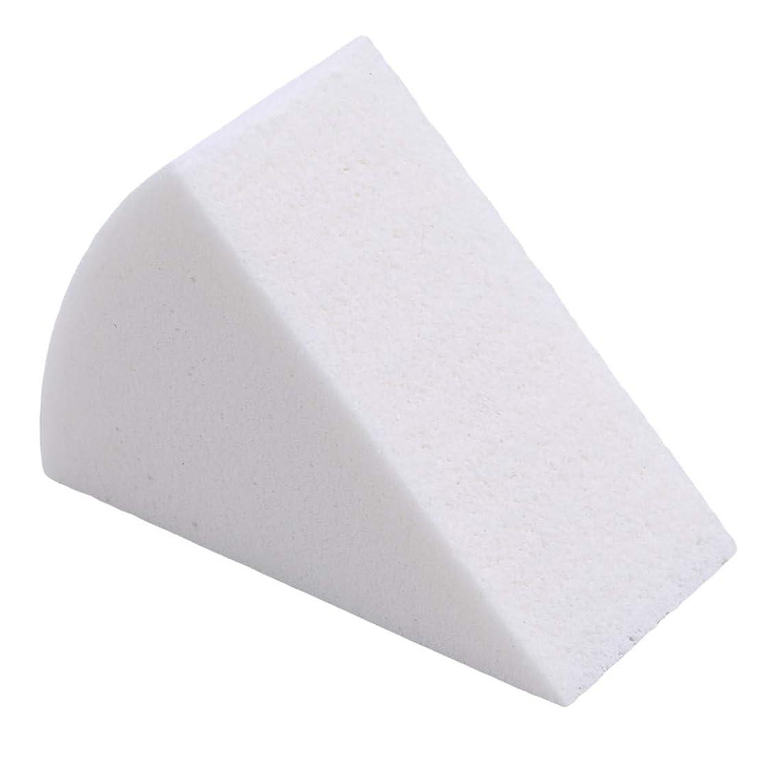 つまらない割り当てる銀Underleaf 8ピース/セット三角形状フェイスパフキャンディーカラーソフトマジッククリーニングパッド化粧品クレンジングスポンジウォッシュフェイスメイクアップツール、カラー1