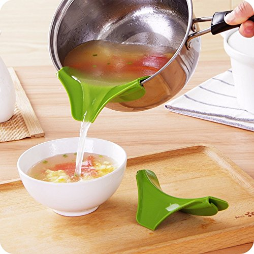 Creative Anti-spill Silicone Slip On Giet de soep tuit Trechter voor potten pannen en schalen en potten Kitchen Gadget Tool
