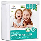 "Vekkia Organic Cotton Waterproof Mattress Protector Twin Size - Hypoallergenic, Breathable, Noiseless Mattress Cover for Sleeping in The Nude, Fitted 8'-18' Deep, Vinyl Free - 39"" x 75"""