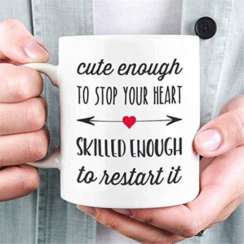 Taza de enfermera, taza de café doctor, regalo para médico, regalo de graduación, idea de regalo de estudiante médico, lo suficientemente lindo para detener tu corazón
