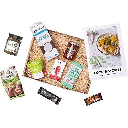 Foodist vegane Box gefüllt mit 9 veganen Lebensmittel wie Tomaten Pesto, veganes Lunch, BIO Nuss-Nougatcreme Aufstrich, Bagel Cracker, Riegel, Kokosnussdrink, Ice Tea uvm. inkl. Kochtipps Rezeptheft