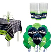 Set the foundation for your Saints watch party with a gold plastic table cover featuring a repeating pattern of gridirons and the team logo; measures 54 inches by 96 inches Serve cold party drinks in 25 clear plastic cups with a black and gold wrapar...