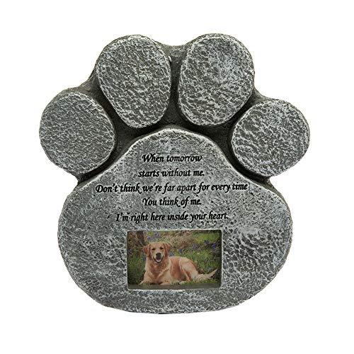 Hyindoor -   Hund Gedenkstein