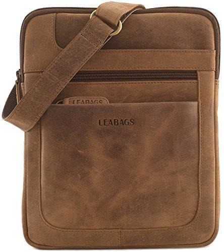 LEABAGS Detroit Leder-Umhängetasche I Kleine Umhängetasche aus echtem Büffel-Leder im Vintage Look I Messenger Bag I Bürotasche I Business Tasche I Herren Handtaschen I 21x26x2 cm (Braun)