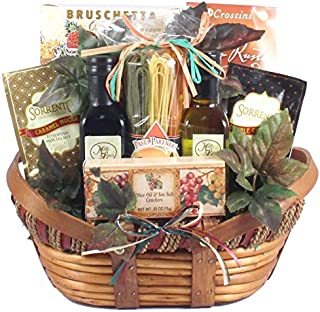 Handmade Pasta and Olde Time Favorites Gourmet Italian Gift Basket | Christmas Gift Idea