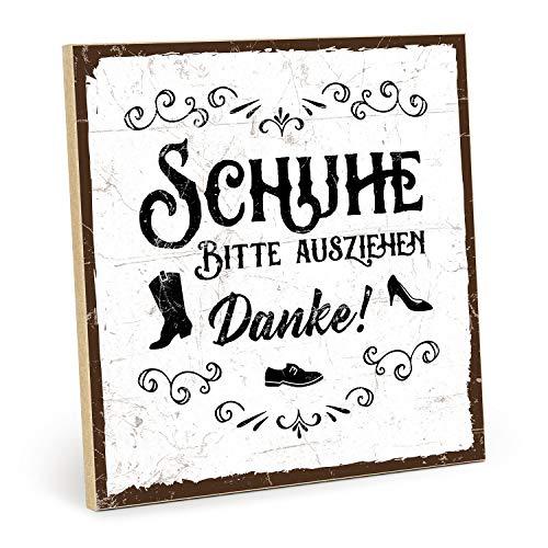 TypeStoff Holzschild mit Spruch – Schuhe Bitte AUSZIEHEN – Grafik-Bild, Schild, Wandschild, Türschild, Holztafel, Holzbild als Geschenk und Dekoration (19,5 x 19,5 cm)