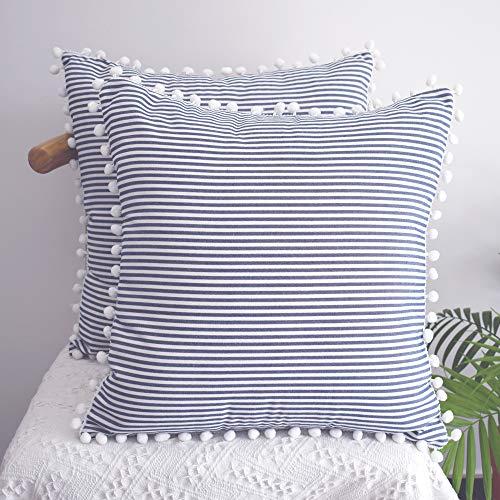 HOPLEE Juego de 2 fundas de almohada decorativas de 45 x 45 cm, diseño de rayas, color azul marino, con pompón, para decoración del hogar, 45 x 45 cm