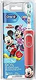 Oral-B Kids Mickey - Cepillo de dientes eléctrico para niños a partir de 3 años, cabezal pequeño y cerdas extra suaves, 2 programas de limpieza, incluye temporizador, 4 pegatinas de Mickey, color rojo