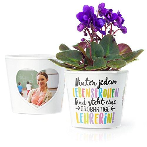 Facepot Lehrerin Geschenk Blumentopf (ø16cm) | Zum Abschied, Schulanfang oder Geburtstag mit Rahmen für Zwei Fotos (10x15cm) | Hinter jedem lebensfrohen Kind Steht eine großartige Lehrerin!