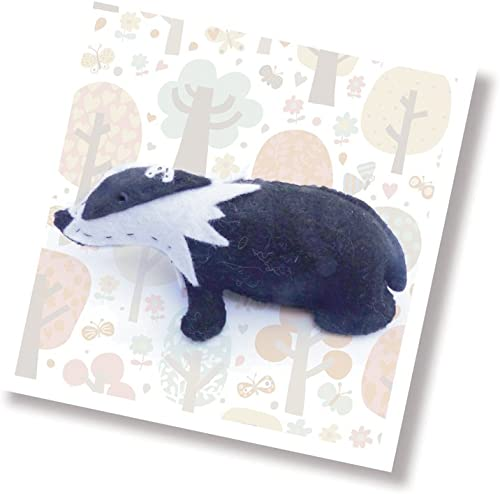 vendiendo bien en todo el mundo The The The Crafty Kit Co. Mini Sewing Kit-Brock The Badger  ventas en linea