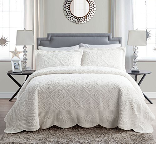 VCNY Home | Westland Collection | Soft and Plush Quilted Faux Mink Fur Bedspread, Premium 3 Piece Bedding Set, Elegant and Charming Design for Home Décor, King, Ivory