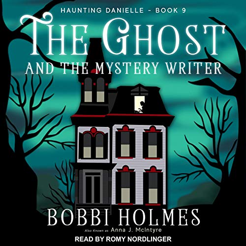 Couverture de The Ghost and the Mystery Writer