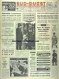 SUD OUEST [No 7554] du 10/12/1968 - ATTENTATS - LE GOUVERNEMENT RENFORCE LES MESURES DE SECURITE - LES PLASTIQUEURS DE JUILLET DEVANT LA COUR DE SURETE DE L'ETAT - LA FAMILLE KY EN PROMANADE AU BOIS - 2 GIRONDINS TUES DANS LE GERS - J. GRANDREMY ET F. BOURDIER -LES SPORTS - COMITI - BALENCIAGA A SIGNE L'UNIFORME DES HOTESSES D'AIR FRANCE - RENCONTRE POSSIBLE JOHNSON - DE GAULLE - MANSHOLT PROPOSERA DE BAISSER LE PRIX DU BEURRE - INTERRUPTION A PARIS DES NEGOCIATIONS COMMERCIALES FRANCO - ALGERI